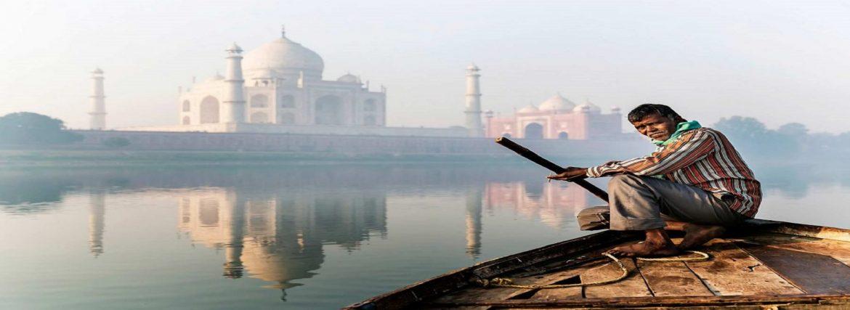 Prohibited Activities in Surroundings of Taj Mahal